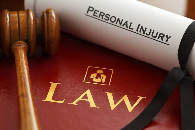 When Should I Hire a Personal Injury Lawyer?